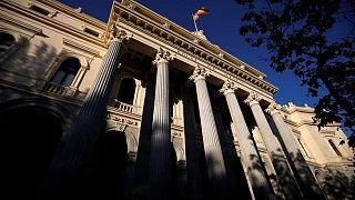 El Ibex cierra al alza impulsado por la expectativa de más inversión pública en EEUU