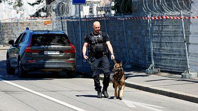سويسرا تنشر الجيش وتصلح مبنى سيجتمع فيه بايدن وبوتين