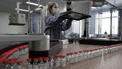 Argentina autoriza uso de emergencia de vacuna china Cansino contra COVID-19