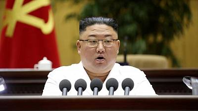 وكالة : الزعيم الكوري الشمالي يدعو إلى تعزيز القوة العسكرية للبلاد