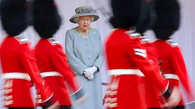 UK's queen joined by cousin for 'Trooping the Colour' event