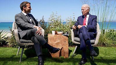 ماكرون: أمريكا مع بايدن عادت زعيمة متعاونة للعالم الحر