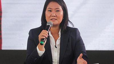 """Fujimori acusa a """"izquierda internacional"""" de presión cuando socialista acaricia presidencia de Perú"""