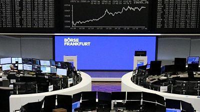آمال التعافي الاقتصادي ترفع أسهم أوروبا لذروة جديدة 