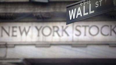 S&P 500 abre cerca de máximo récord antes de reunión de la Fed