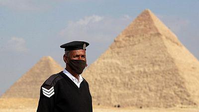 مصر تسجل 613 إصابة جديدة بكورونا و31 وفاة
