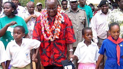 Zambia's founding president Kaunda, 97, treated for pneumonia