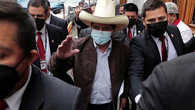Magistrado deja el cargo y entrampa fin de intrincado proceso electoral en Perú