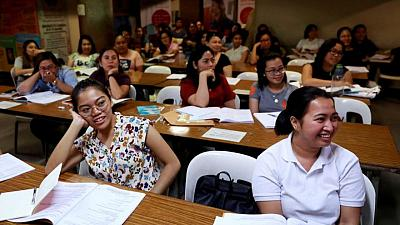 Philippine minister aims to deploy more nurses, healthcare staff overseas