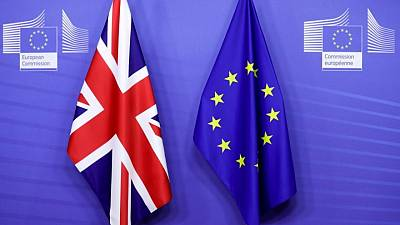 EU states back personal data flows with ex-member Britain
