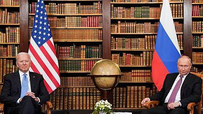 Putin y Biden concluyen primera ronda de conversaciones tras casi dos horas: agencias rusas