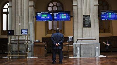 El Ibex cede con la atención sobre la Fed, los bancos caen tras el expediente de la CNMC