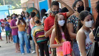 Brasil registra 2.311 nuevas muertes por COVID-19 y total llega a 496.004
