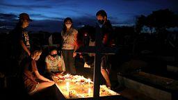 Brasil registra 1.318 nuevas muertes por COVID-19, total decesos alcanza 554.497
