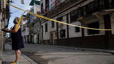 Caída de casos COVID-19 en La Habana aumenta esperanzas de eficacia de vacunas cubanas