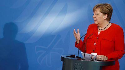 """ميركل: على الاتحاد الأوروبي التمسك بالحوار """"الصعب"""" مع روسيا"""