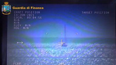 Nel Canale di Sicilia, valore circa 13 mln. Arrestato equipaggio