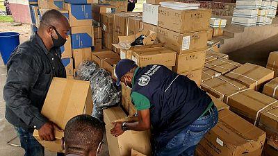 Face à une troisième vague de l'épidémie de COVID-19 en RDC, l'OMS appuie les hôpitaux de Kinshasa avec des matériels de prise en charge des malades