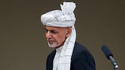 الرئيس الأفغاني يستبدل وزيرين بارزين وقائد الجيش مع تصاعد العنف