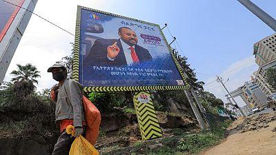 مصحح-الإثيوبيون يصوتون في انتخابات تصفها الحكومة بأنها أول اقتراع حر