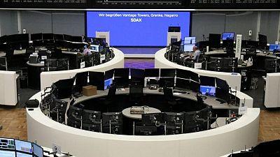 الأسهم الأوروبية تغلق مرتفعة بدعم من تعليقات من رئيسة المركزي الأوروبي