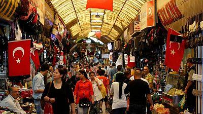 ارتفاع ثقة المستهلكين الأتراك في يونيو
