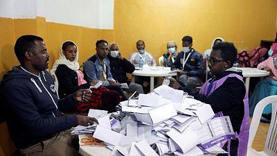 إحصاء الأصوات في الانتخابات الإثيوبية وتقارير عن قتال في تيجراي
