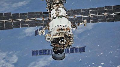 ناسا تايد.. مسحوق غسيل قيد الاختبار لتنظيف الملابس في الفضاء