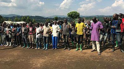 عشرات المتمردين يلقون السلاح في شرق الكونجو