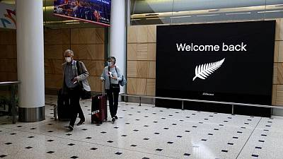 COVID-19 alert issued for Australia-New Zealand flights
