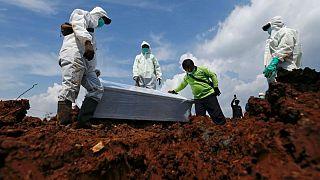 وباء كوفيدـ19 في إندونيسيا.. إصابات يومية بالآلاف ونقل جثة يستغرق 14 ساعة في العاصمة جاكارتا