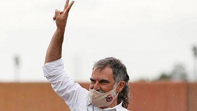 Los independentistas indultados salen de prisión exigiendo libertad para Cataluña