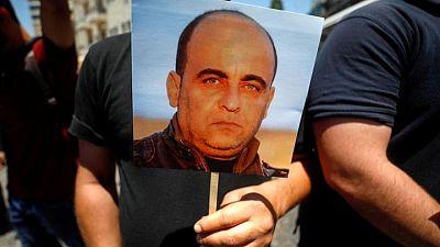 وفاة منتقد لعباس إثر اعتقاله والأمم المتحدة تطالب بتحقيق