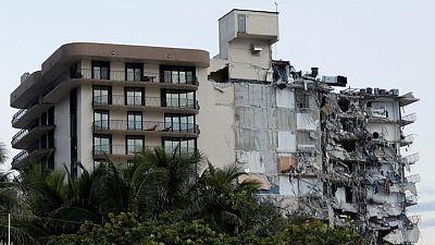 مسؤولون: 51 مفقودا بعد انهيار بمبنى في ولاية فلوريدا الأمريكية