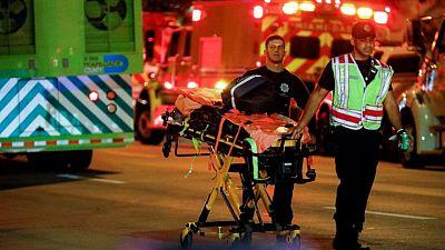 Operación de rescate a gran escala en Miami tras el derrumbe parcial de un edificio