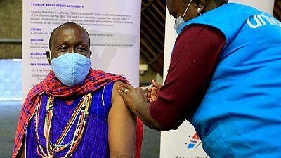 """CDC de África dice el continente no está venciendo a una """"brutal"""" pandemia de COVID-19"""