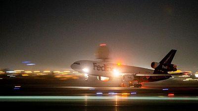 FedEx reporta aumento de sus ganancias, pero sus acciones caen por pronóstico para 2022