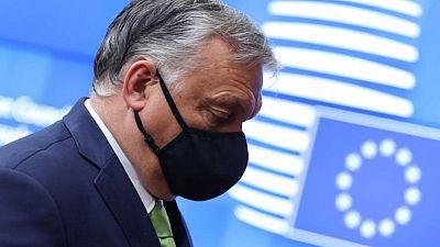 Orban recibe duro mensaje: respete los derechos LGBT o abandone la UE