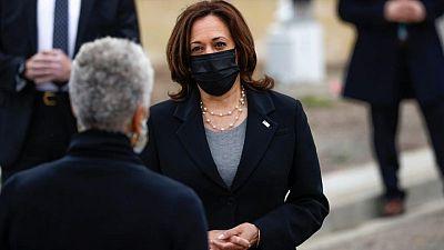 Harris visita frontera EEUU-México en medio de críticas de los republicanos