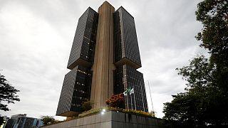 Previsión de inflación y tasas de interés en Brasil para 2021 toca nuevos picos: sondeo