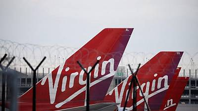 Virgin Galactic de Branson recibe autorización para despegar; se intensifica la carrera espacial