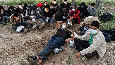 الشرطة الأمريكية تعتقل أكثر من مليون مهاجر على الحدود مع المكسيك في تسعة أشهر