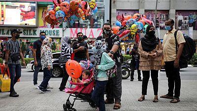 رئيس الوزراء: ماليزيا ستمدد العزل العام للحد من انتشار كوفيد-19