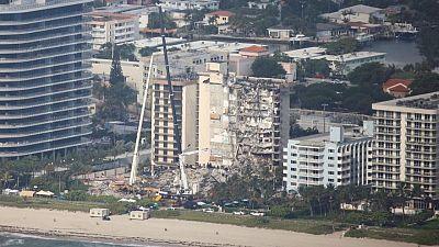 Aumenta a nueve total de muertos tras derrumbe de edificio en Florida