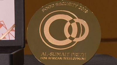 La période de nominations pour le Prix Al-Sumait d'un million de dollars américains est prolongée jusqu'au 15 août à cause de l'impact continu de la Covid19