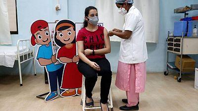 مسح: نصف المراهقين في مومباي لديهم أجسام مضادة لفيروس كورونا