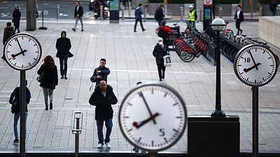 UK consumers start to borrow again - Bank of England data