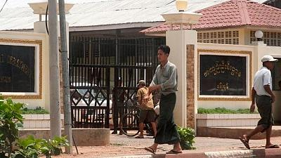 Myanmar authorities to release 700 prisoners from Insein jail -prison chief