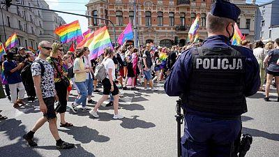 """La UE estudia tomar acciones legales contra Polonia por las zonas """"libres de LGBT"""""""