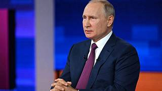 بوتين يكشف اسم اللقاح الذي تلقاه ويستبعد التطعيم الإجباري للروس